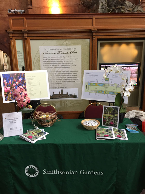 Smithsonian Gardens' Exhibits Share Fair table