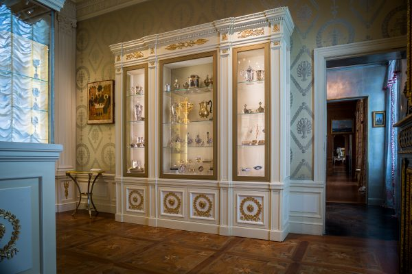 Finished elements created by SIE mounted on Hillwood's new collections case